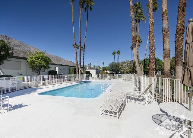 480 E La Verne Way, Palm Springs, CA 92264 (MLS #217020020) :: Hacienda Group Inc