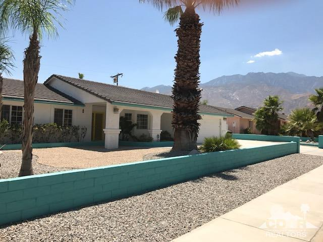 2653 E Venetia Road, Palm Springs, CA 92262 (MLS #217020446) :: Brad Schmett Real Estate Group