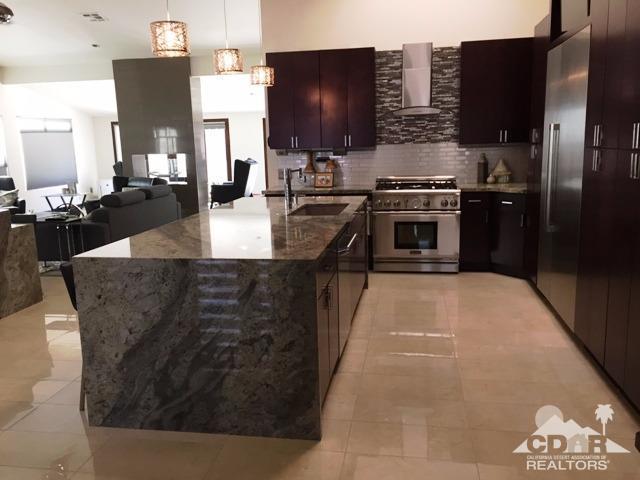 14 Gleneagle Drive, Rancho Mirage, CA 92270 (MLS #217021630) :: Deirdre Coit and Associates