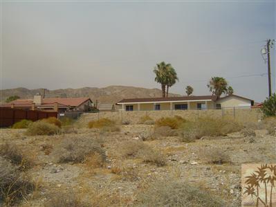 0 Hacienda Avenue, Desert Hot Springs, CA 92240 (MLS #217022292) :: Brad Schmett Real Estate Group