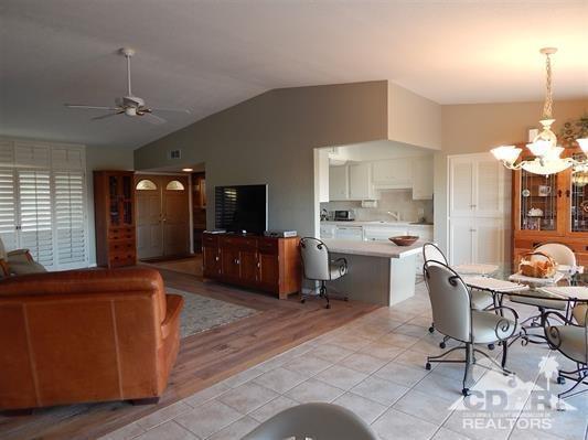 73630 Golf Course Lane A, Palm Desert, CA 92260 (MLS #218003660) :: Brad Schmett Real Estate Group