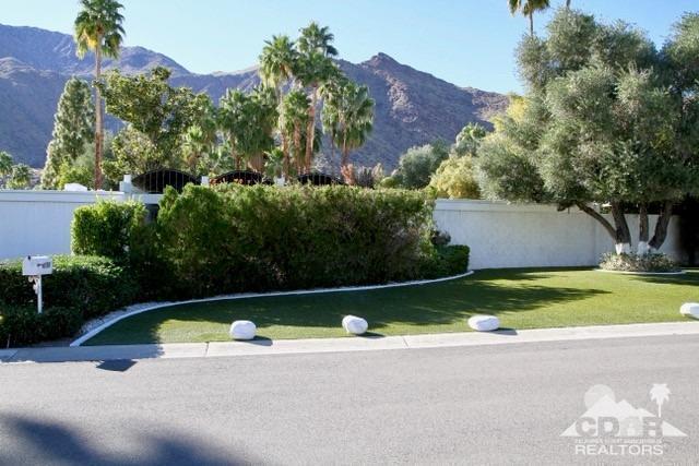 1139 Abrigo Road, Palm Springs, CA 92262 (MLS #218005542) :: Team Wasserman
