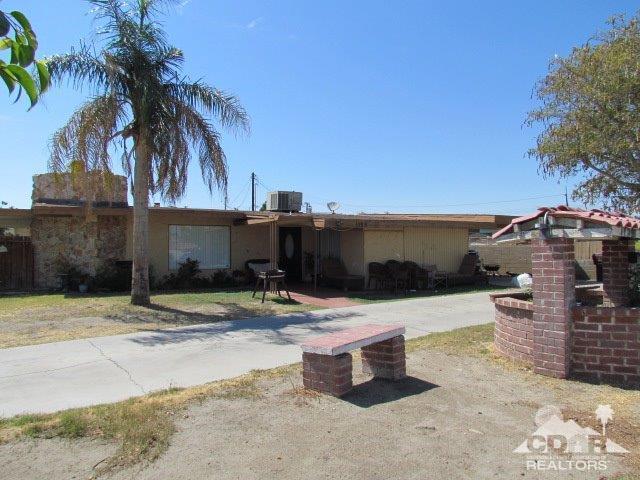 1125 Date Avenue, Coachella, CA 92236 (MLS #218006484) :: Brad Schmett Real Estate Group