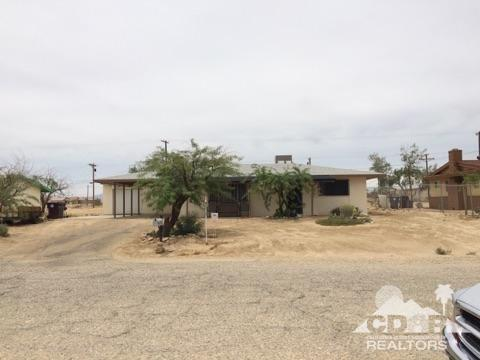 1967 Sunset Avenue, Thermal, CA 92274 (MLS #218006542) :: Deirdre Coit and Associates