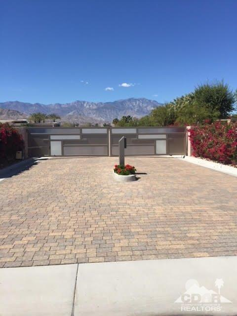 0 West Mountain Vista Court, Rancho Mirage, CA 92270 (MLS #218009892) :: The John Jay Group - Bennion Deville Homes