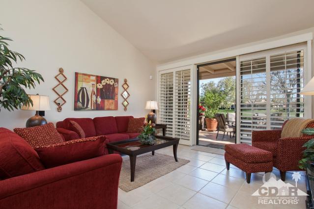 274 Serena Drive, Palm Desert, CA 92260 (MLS #218011150) :: Deirdre Coit and Associates