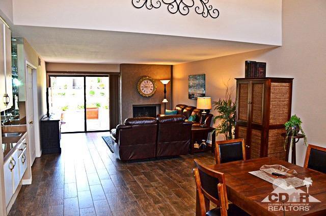 72427 Rolling Knolls Drive, Palm Desert, CA 92260 (MLS #218011416) :: Brad Schmett Real Estate Group