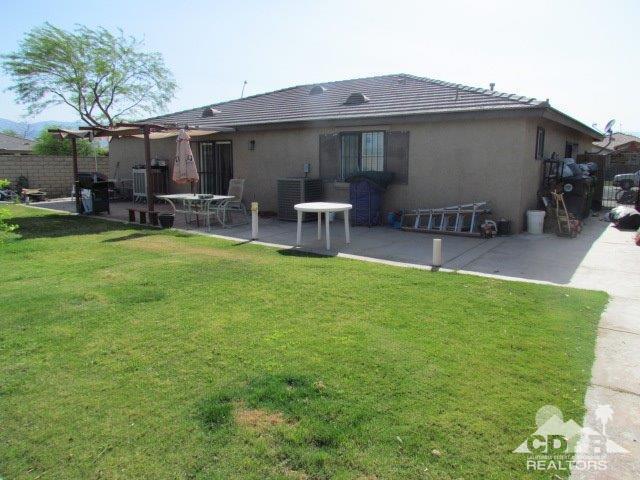 52402 Calle Alicia, Coachella, CA 92236 (MLS #218011808) :: Hacienda Group Inc