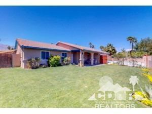 2285 Acacia Road W, Palm Springs, CA 92262 (MLS #218012628) :: Brad Schmett Real Estate Group