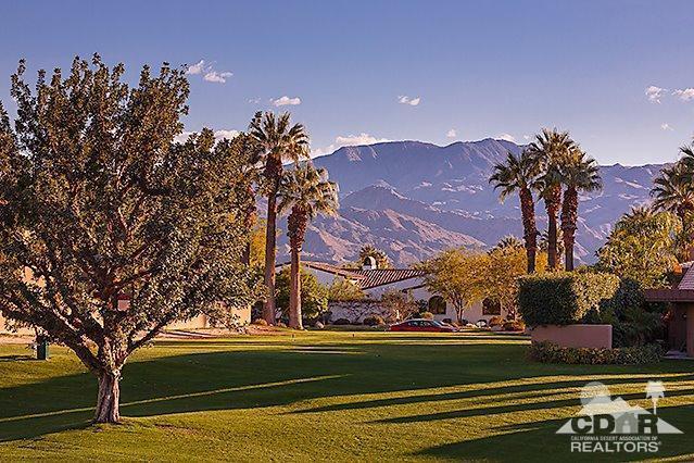 4 Avenida Andra, Palm Desert, CA 92260 (MLS #218015142) :: Brad Schmett Real Estate Group