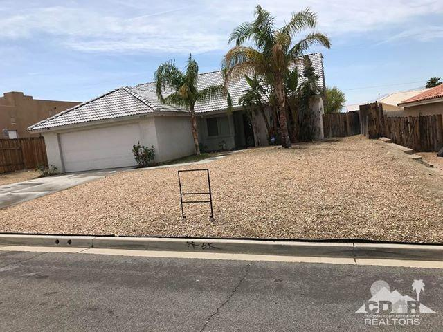 66029 Avenida Barona, Desert Hot Springs, CA 92240 (MLS #218015230) :: Brad Schmett Real Estate Group