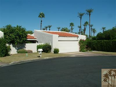 75224 Concho Drive, Indian Wells, CA 92210 (MLS #218015652) :: Brad Schmett Real Estate Group