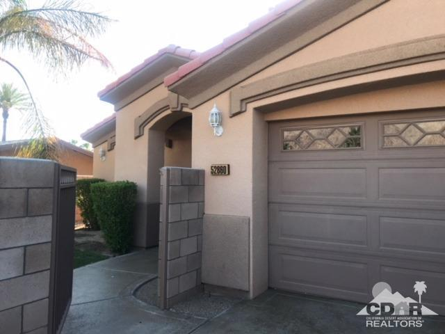 52860 Avenida Navarro, La Quinta, CA 92253 (MLS #218018274) :: Brad Schmett Real Estate Group