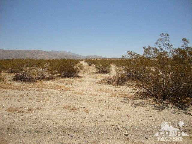 0 19th Ave, Sky Valley, CA 92241 (MLS #218018280) :: Hacienda Group Inc