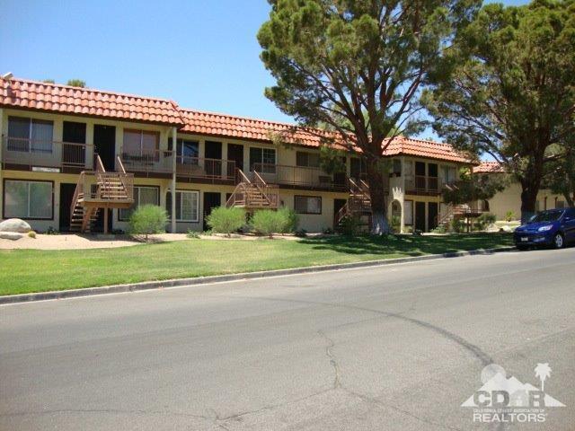 9647 Spyglass Avenue #26, Desert Hot Springs, CA 92240 (MLS #218019294) :: The John Jay Group - Bennion Deville Homes