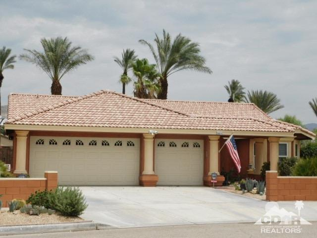 69974 Northhampton Avenue, Cathedral City, CA 92234 (MLS #218020314) :: Brad Schmett Real Estate Group