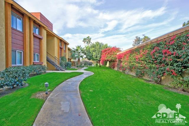 48255 Monroe Street #9, Indio, CA 02291 (MLS #218020564) :: Hacienda Group Inc