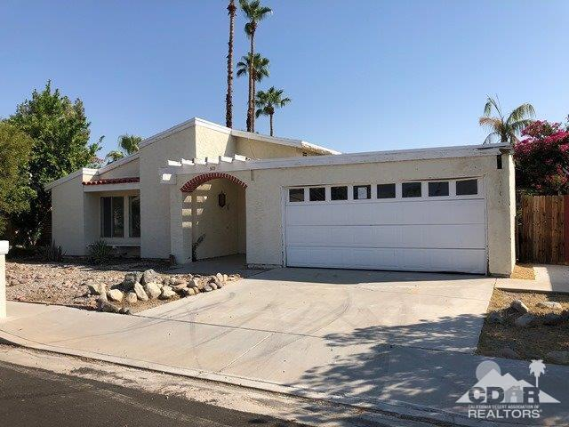 870 Arroyo Vista Drive, Palm Springs, CA 92264 (MLS #218023252) :: Team Wasserman