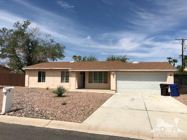 2800 E Ventura Road, Palm Springs, CA 92262 (MLS #218024176) :: The John Jay Group - Bennion Deville Homes