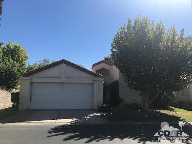 40768 Biscayne Drive, Palm Desert, CA 92211 (MLS #218025866) :: Deirdre Coit and Associates