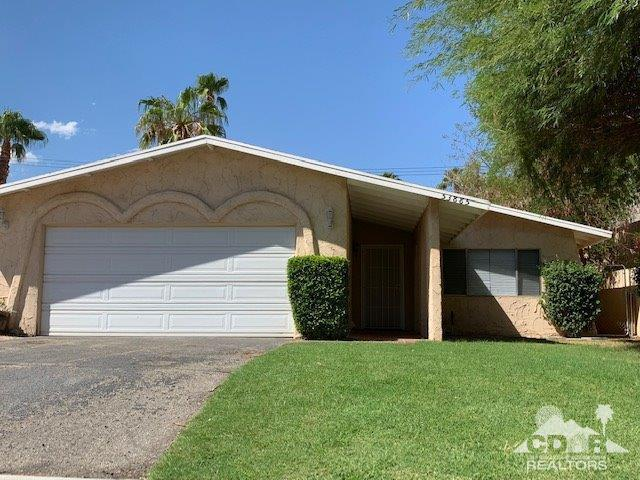 53885 Avenida Velasco, La Quinta, CA 92253 (MLS #218026444) :: The John Jay Group - Bennion Deville Homes