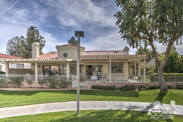 48147 Calle Seranas, La Quinta, CA 92253 (MLS #218027718) :: Deirdre Coit and Associates