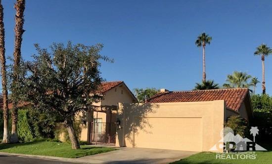 37651 Los Cocos Drive W, Rancho Mirage, CA 92270 (MLS #218030356) :: The John Jay Group - Bennion Deville Homes