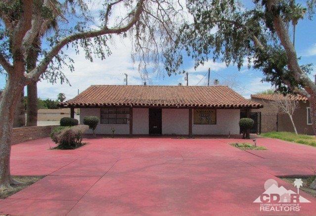 45497 Oasis Street, Indio, CA 92201 (MLS #218031762) :: Brad Schmett Real Estate Group