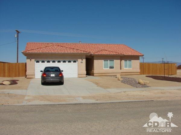 1362 Van Buren Avenue, Thermal, CA 92274 (MLS #218032262) :: Brad Schmett Real Estate Group