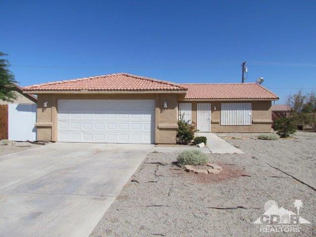 1250 Mullet Ave, Thermal, CA 92274 (MLS #218032686) :: Deirdre Coit and Associates