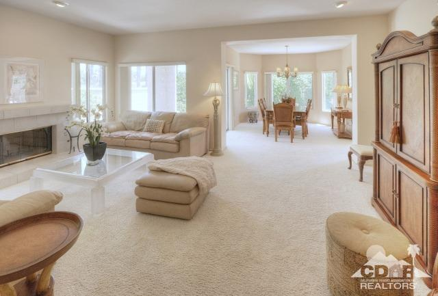 48601 Calle Esperanza, La Quinta, CA 92253 (MLS #218033154) :: Brad Schmett Real Estate Group