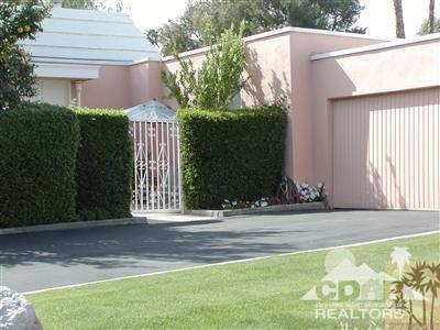 47445 Maroc Circle, Palm Desert, CA 92260 (MLS #218034096) :: The Sandi Phillips Team
