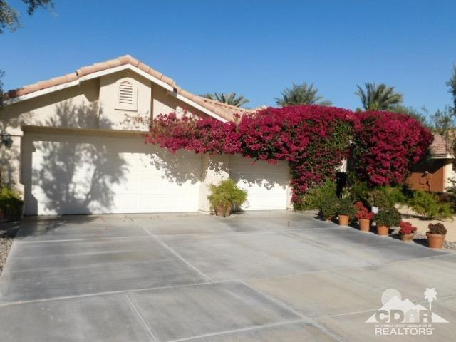 69946 Northhampton Avenue, Cathedral City, CA 92234 (MLS #218034834) :: Brad Schmett Real Estate Group
