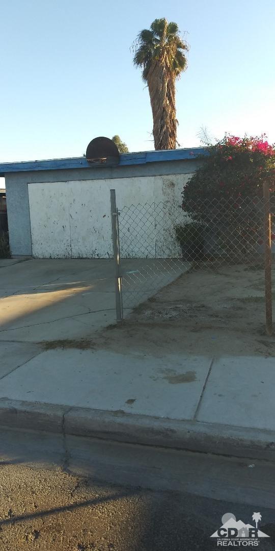 85555 Napoli Lane, Coachella, CA 92236 (MLS #218035910) :: The Jelmberg Team