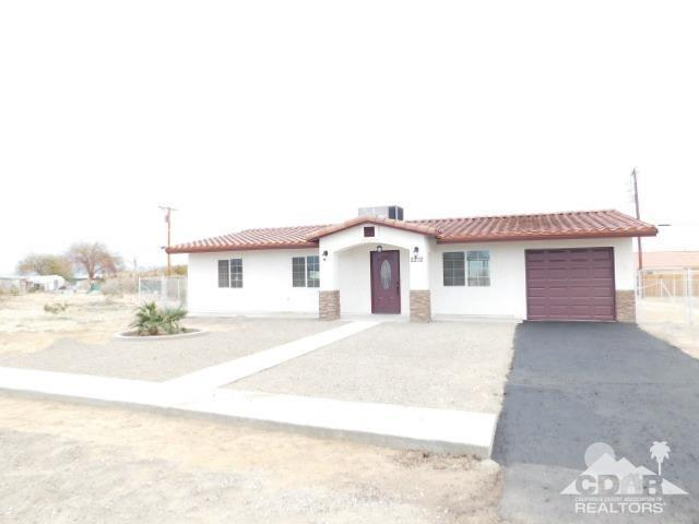 2212 Iridescent Avenue, Thermal, CA 92274 (MLS #219000817) :: The John Jay Group - Bennion Deville Homes