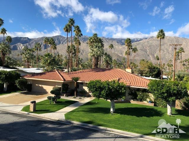1033 S Calle Rolph, Palm Springs, CA 92264 (MLS #219003925) :: Hacienda Group Inc