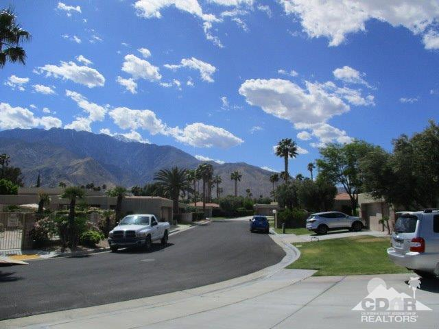 1652 Sunflower Court N, Palm Springs, CA 92262 (MLS #219011047) :: Brad Schmett Real Estate Group