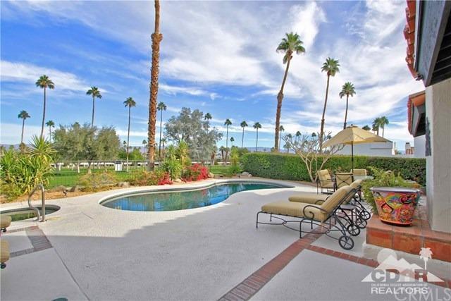 73590 Grapevine Street, Palm Desert, CA 92260 (MLS #219013177) :: Hacienda Group Inc