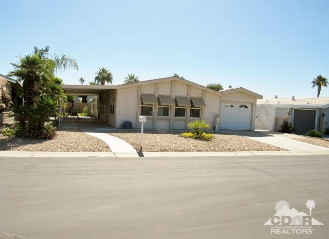 39876 Black Horse Way, Palm Desert, CA 92260 (MLS #219013767) :: Brad Schmett Real Estate Group