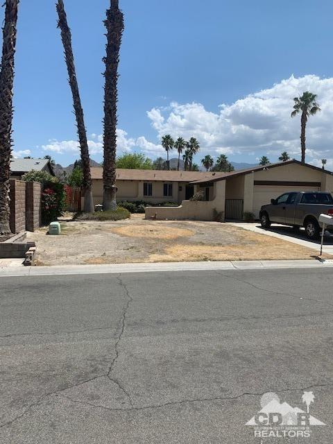 42845 Tennessee Avenue, Palm Desert, CA 92211 (MLS #219015633) :: The John Jay Group - Bennion Deville Homes