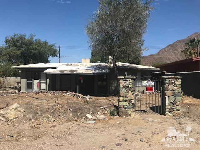 52640 Avenida Navarro, La Quinta, CA 92253 (MLS #219016771) :: Brad Schmett Real Estate Group