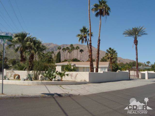 2107 N Vista Grande Avenue, Palm Springs, CA 92262 (MLS #219021205) :: Brad Schmett Real Estate Group