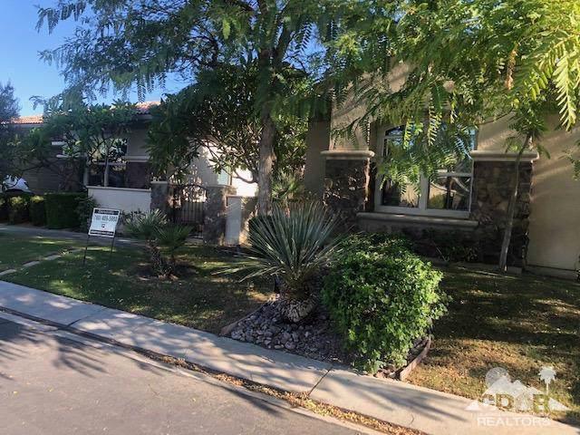 106 Azzuro Drive, Palm Desert, CA 92211 (MLS #219022305) :: The Jelmberg Team