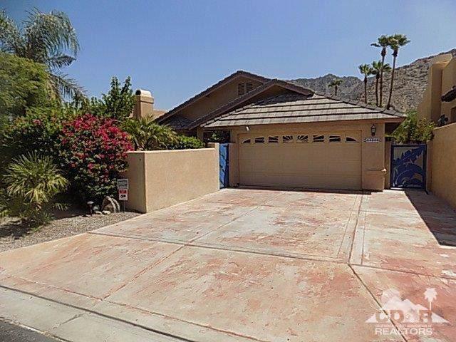 54360 Avenida Martinez, La Quinta, CA 92253 (MLS #219022629) :: The John Jay Group - Bennion Deville Homes