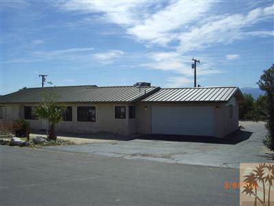 66563 5th Street, Desert Hot Springs, CA 92240 (MLS #219030166) :: Deirdre Coit and Associates