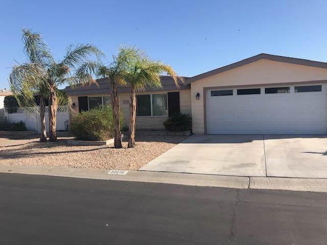 39019 Desert Greens Drive East Drive, Palm Desert, CA 92260 (MLS #219031558) :: The Sandi Phillips Team