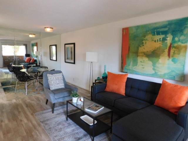 575 N Villa Court, Palm Springs, CA 92262 (MLS #219031902) :: Brad Schmett Real Estate Group