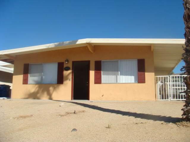66970 Flora Avenue, Desert Hot Springs, CA 92240 (MLS #219032288) :: Hacienda Agency Inc