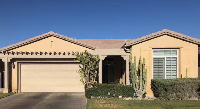 2362 Savanna Way, Palm Springs, CA 92262 (MLS #219032919) :: The Sandi Phillips Team