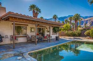 610 E Chia Road, Palm Springs, CA 92262 (MLS #219033779) :: Brad Schmett Real Estate Group